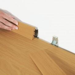 PERGO Клипсы для установки плинтуса для полов для толщин 7-8 мм.